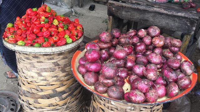 tomato and onion for
