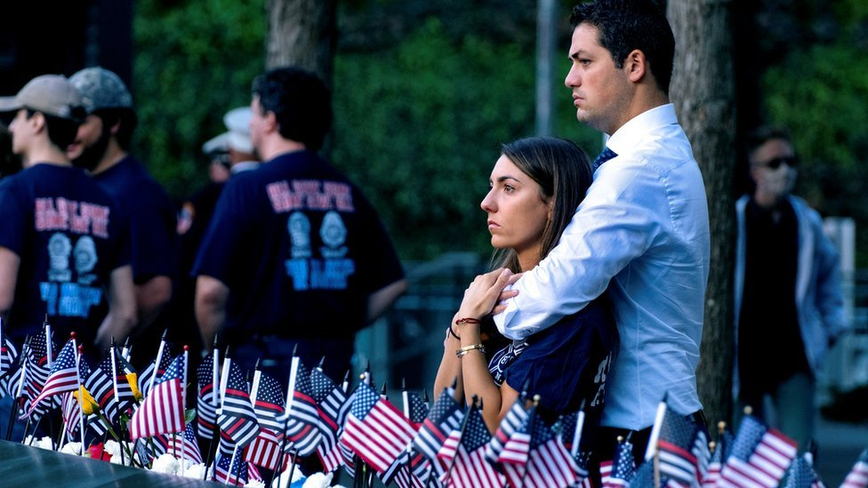 World Trade Centre twin towers: US remember 9/11 attacks in tears - See fotos
